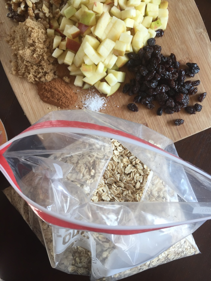 Make your own homemade instant oatmeal mix for quick, easy, and tasty weekday mornings. Easy tutorial and customized mix-in suggestions here.